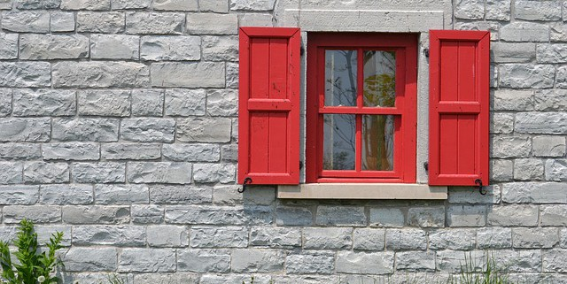 window-228020_640